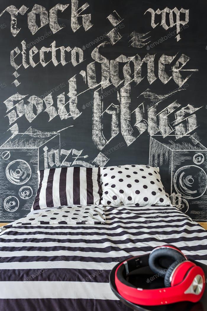 Musical blackboard wall in room