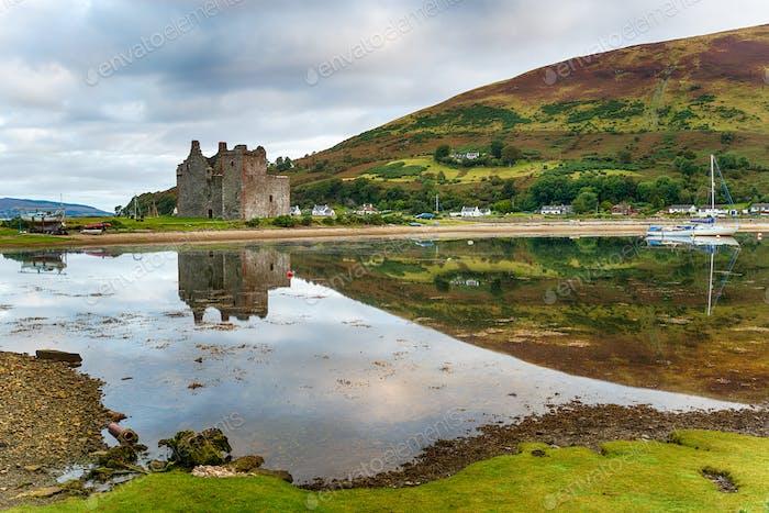 Am frühen Morgen in Lochranza auf der Insel Arran