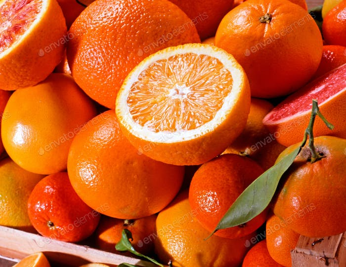 Close up on an assortment of fresh citrus fruit