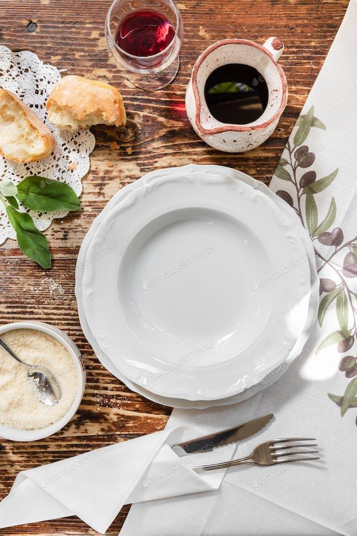 Italian table set