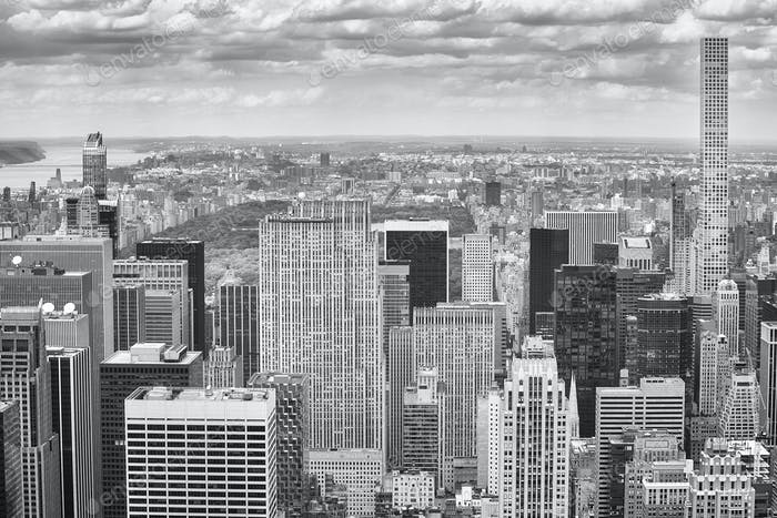Black and white picture of New York City skyline.