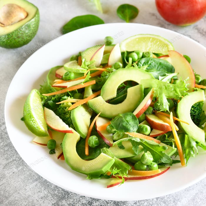 Gemüse- und Obstsalat