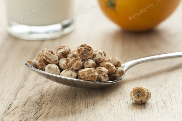 Shelled chufa nuts