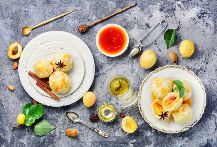 dumplings with apricot