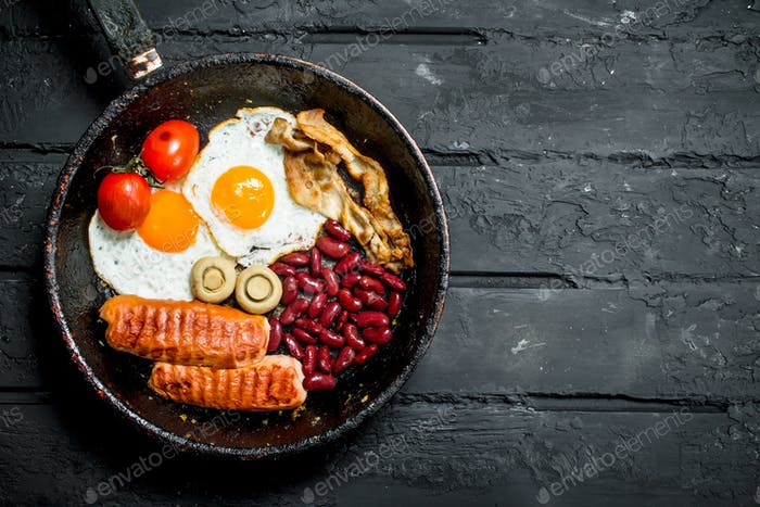 Traditional English Breakfast in a pan.