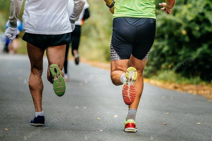 Nahaufnahme der Beine männlich Runner