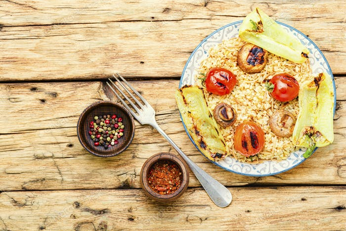 Turkish rice with grilled vegetables