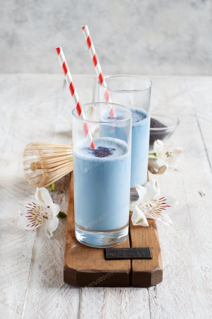 Blue matcha milk