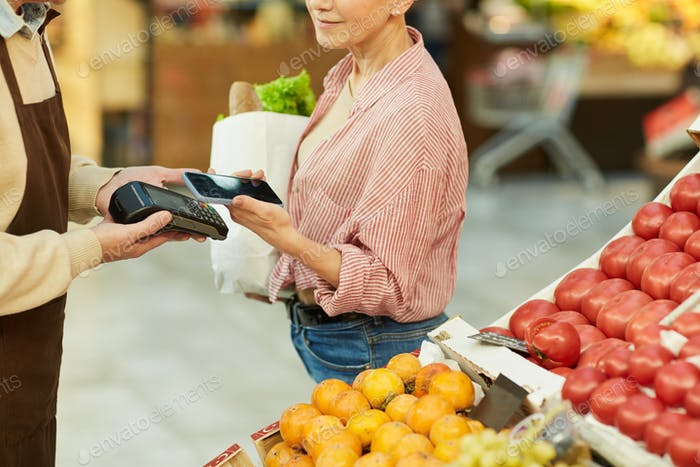 Smartphone Payment in Grocery Store