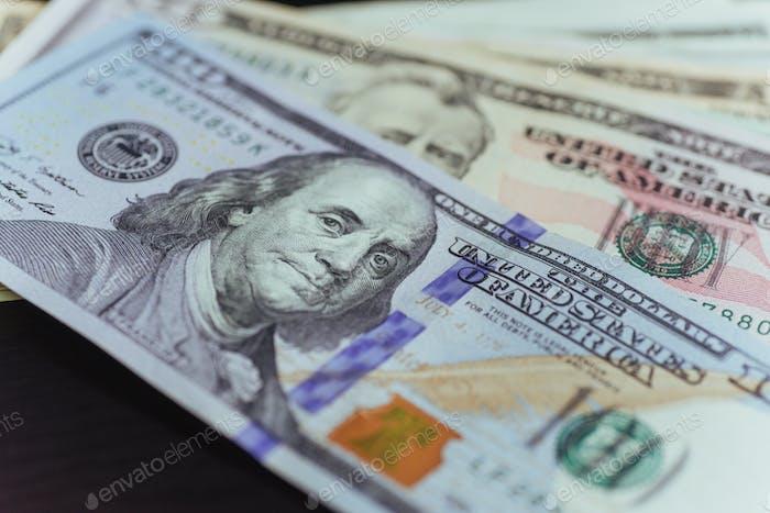 Dollar-Scheine. Lüfterstapel