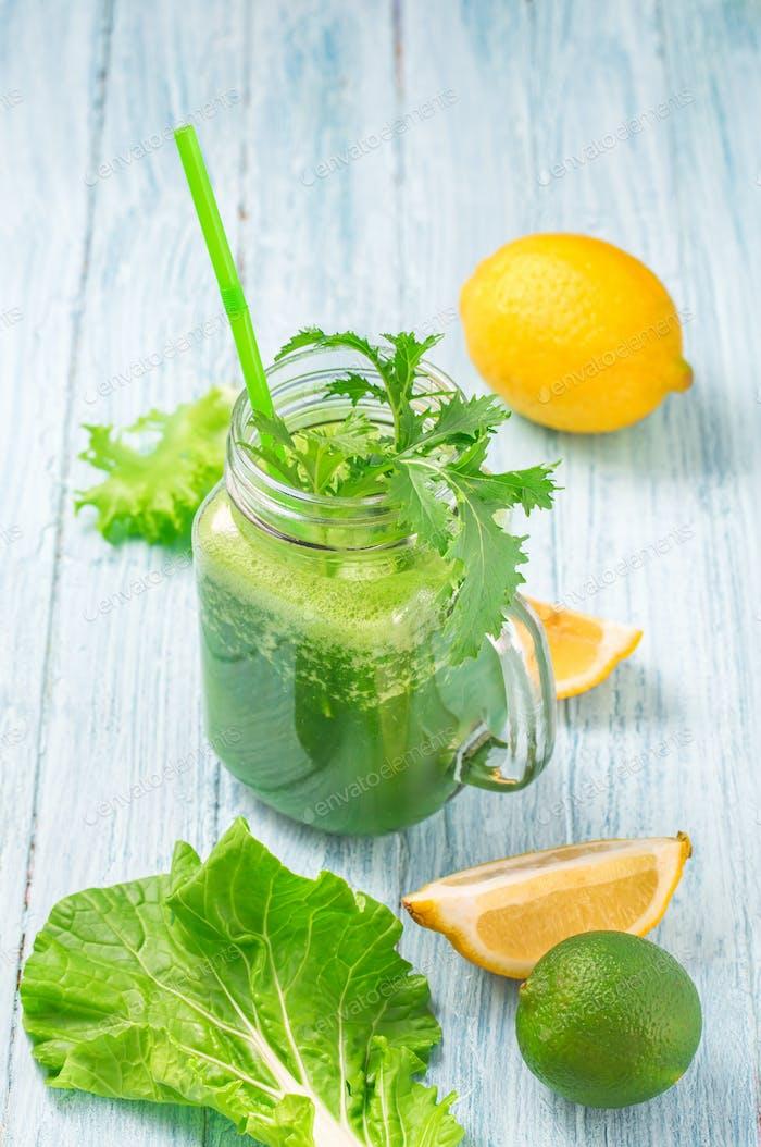 Mason jar of healthy green smoothie