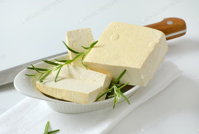 Fresh firm bean curd (tofu)
