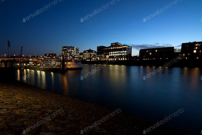 Ciudad de Bremen por la Noche