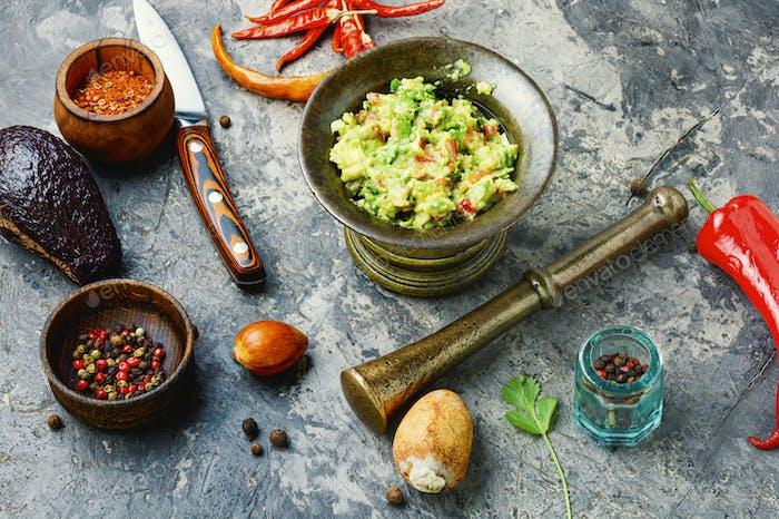 Guacamole, mexikanische Avocado-Vorspeise