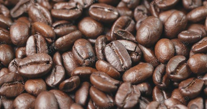 Grano de café en marrón