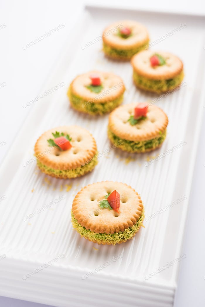 Biscuit chat or sandwich is a starter recipe from India