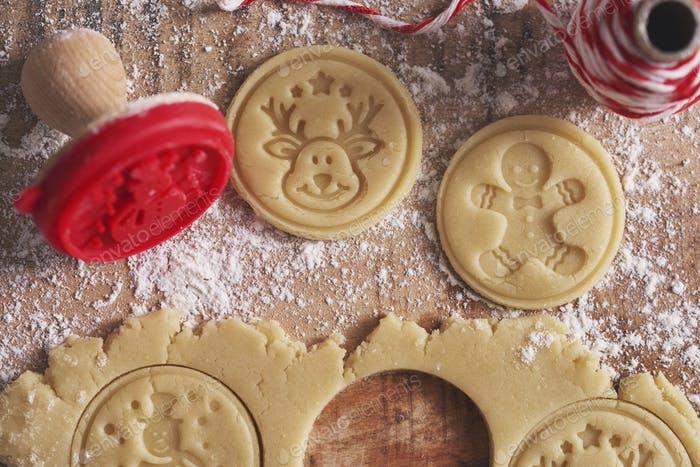 Creation of cookies for Christmas