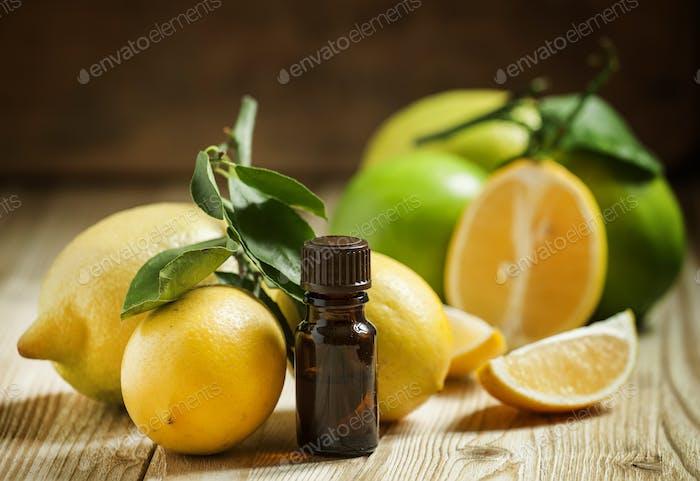 Essential oil of lemon and fresh lemons