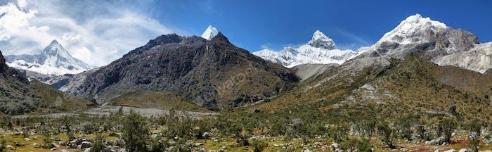 Chacraraju Peak (6108m) Pyramid peak in Cordiliera Blanca, Peru, South America