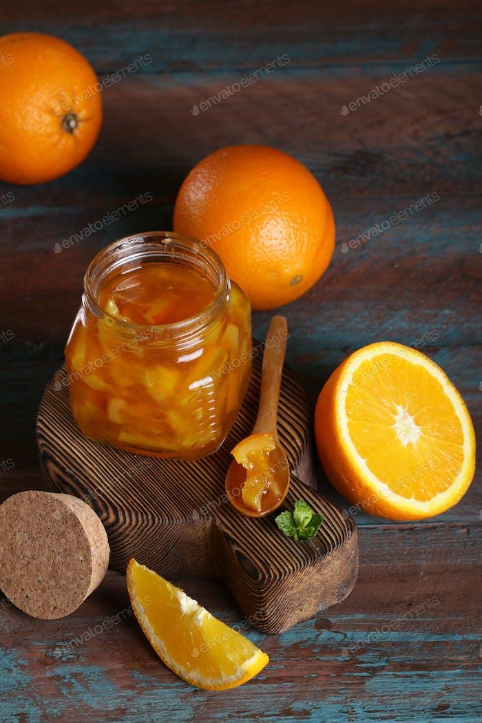 Bio Orangenmarmelade im Glas