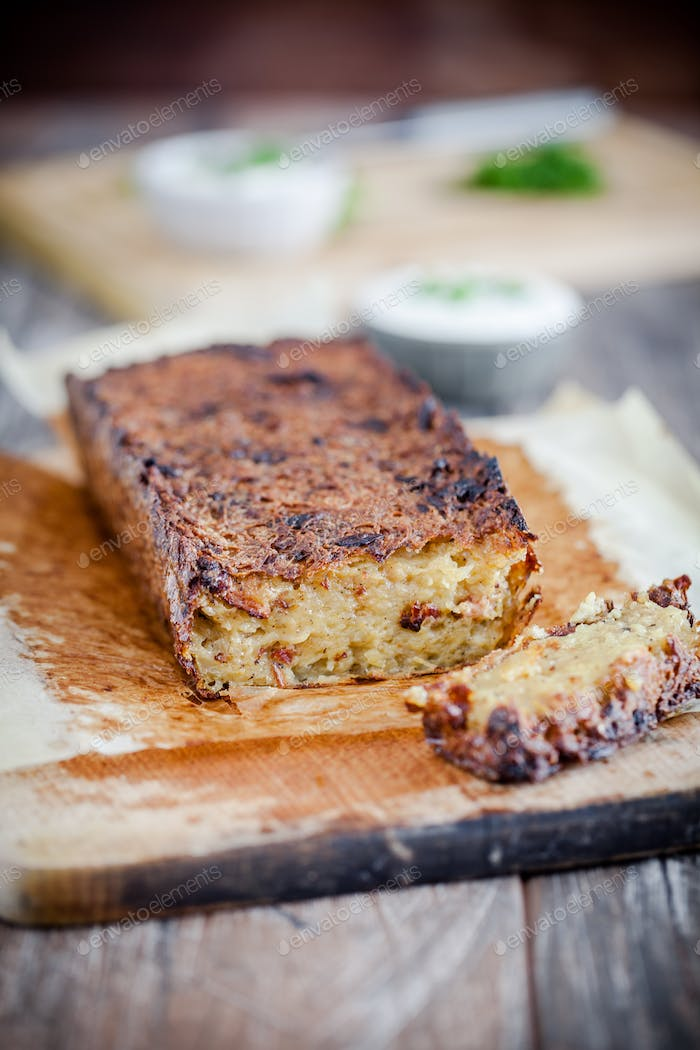 Potato cake - a homemade dish without meat