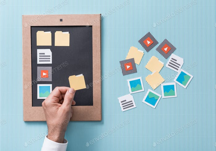 Files selection and management