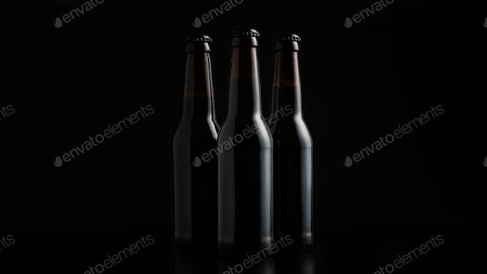 Conjunto de cerveza artesanal para la compañía en la fiesta de noche o oktoberfest