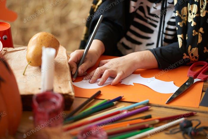 Preparing Halloween decoration