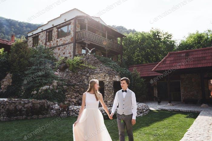 Beautiful vintage wedding at the manor