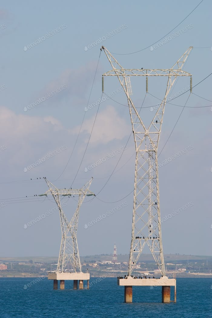 Poste eléctrico - Electric pylon