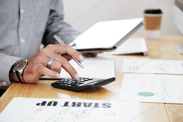 Accounting work at office