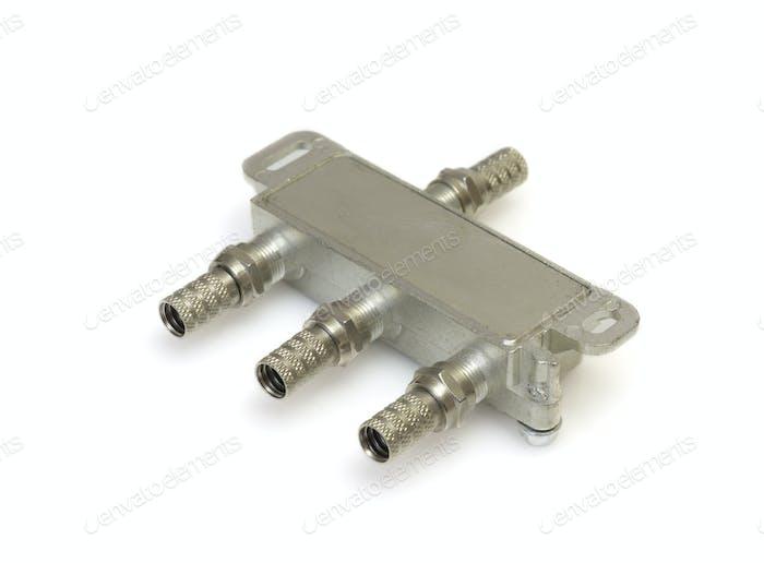Antennenkabel Stecker, Metallstecker auf Weiß, Makro.