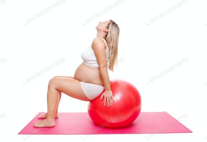 Workout with fitness ball during pregnancy
