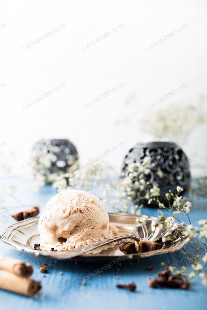 Scoop of homemade ice cream with cinnamon