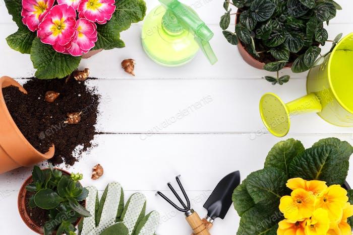Gartengeräte flach legen
