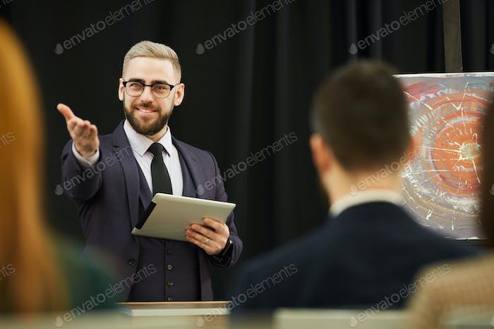 Businessman holding the presentation