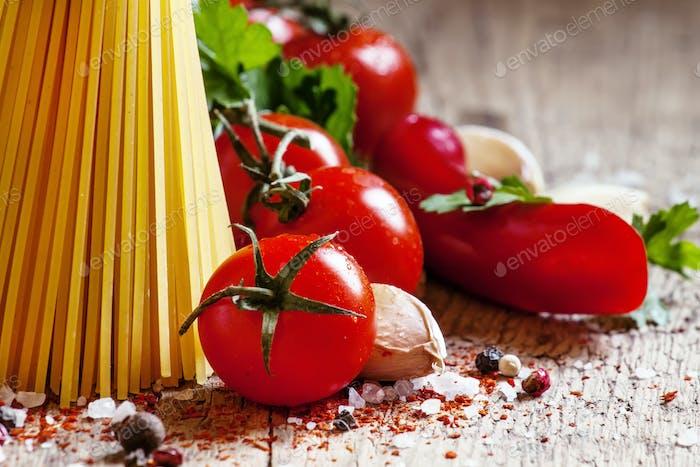 Italian dry pasta spaghetti with tomatoes