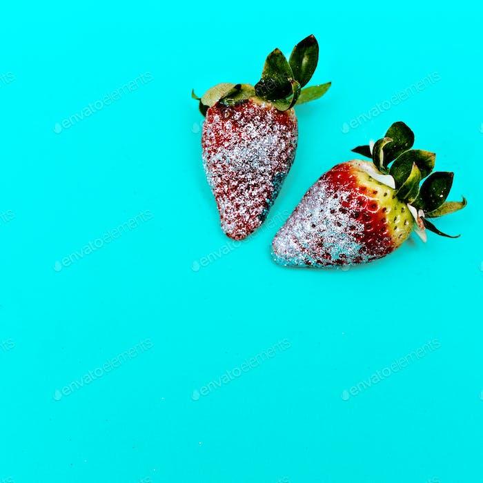 Fashion Strawberry Sweet Concept Glamour Glitter Minimal Stillif