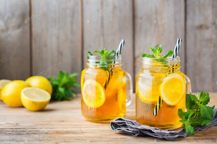 Lemon mint iced tea cocktail refreshing drink for summer days