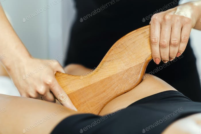 Anti-Cellulite Madero Therapy Thigh Treatment