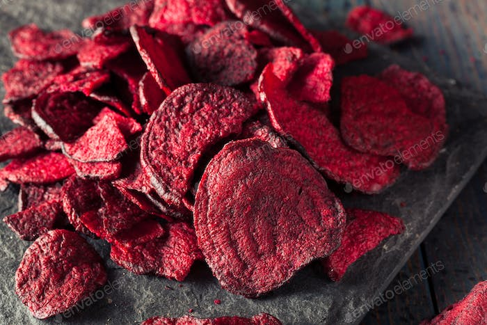 Healthy Purple Baked Beet Chips