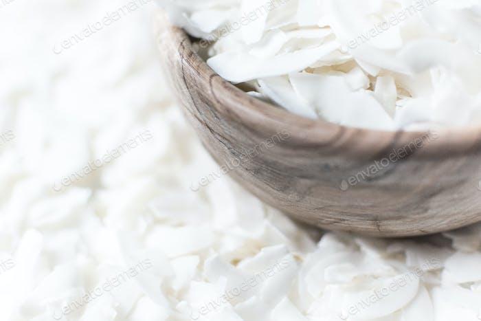 Kokosflocken in Schüssel
