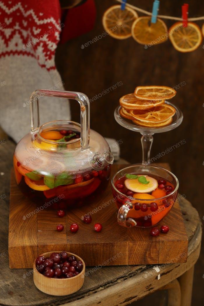 Cranberry-Tee mit Gewürzen