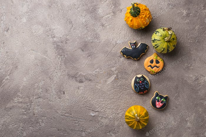 Halloween gingerbread scary festive cookies