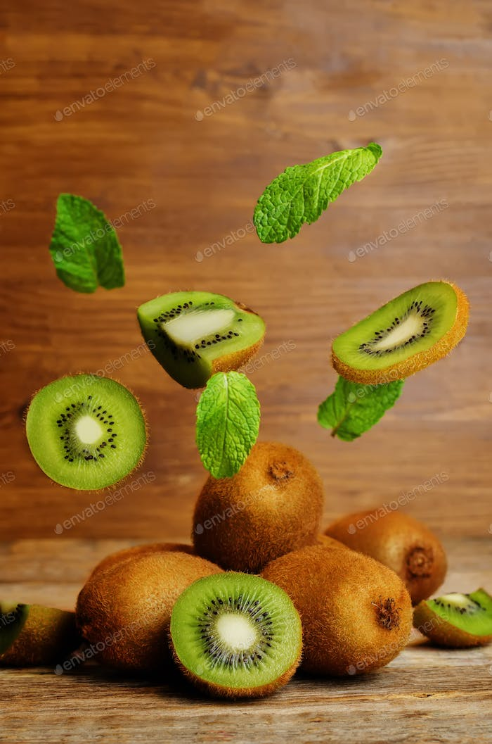 Flying Kiwi with mint leaves