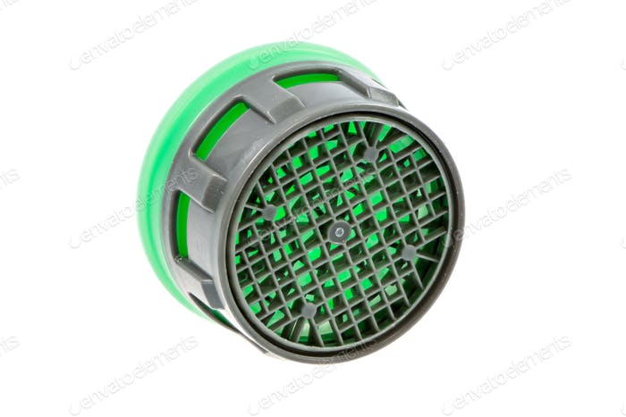 Isolated plastic faucet aerator
