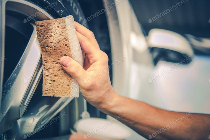 Detailing Car Alloy Wheels