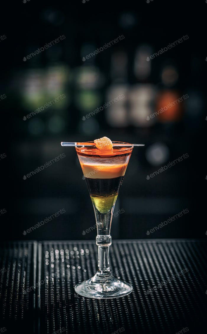 Refreshing layered cocktail