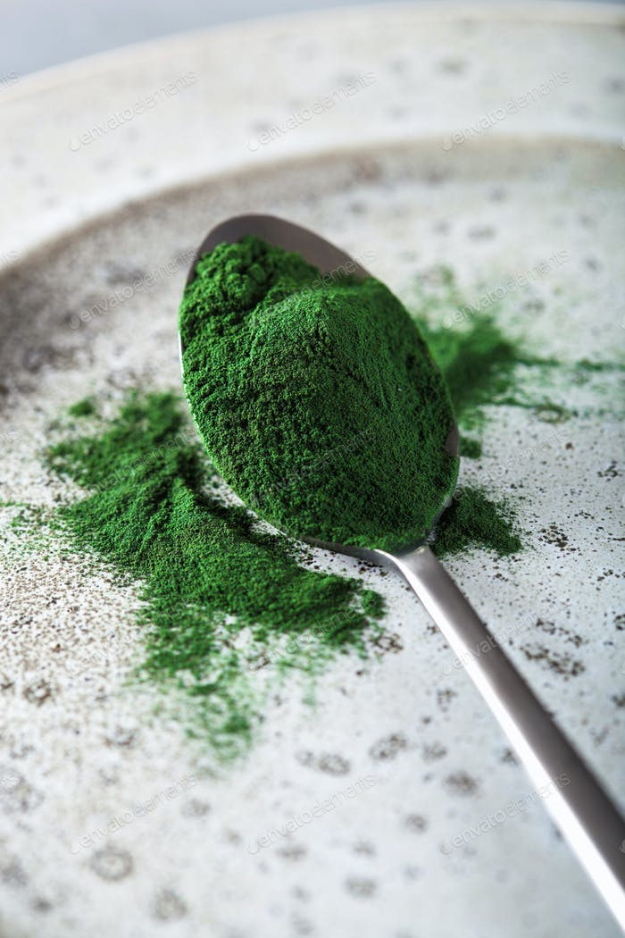 spirulina powder healthy dietary supplement
