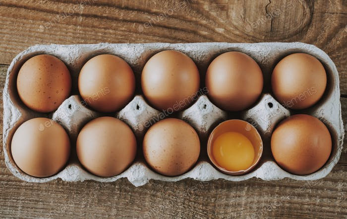 Tray of raw chicken eggs